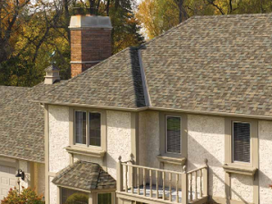 Choosing a roofer starts by reading reviews online